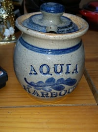 Aquia Harbor Jar Hand Made Fort Belvoir