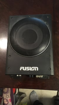 Fusion amp speaker combo. Works and sounds great Kamloops, V2B 4M1