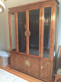 Breakfront/China Cabinet :Bookcase Red Bank, 07701