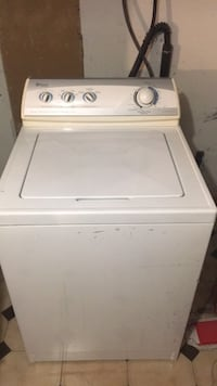 Maytag - White top load clothes washer Montréal, H3W