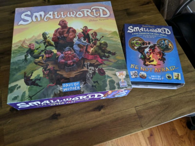Small world game with expansion aac228ad-7dbc-4c40-8558-245fa8e25c28