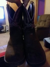 Justin boots  West Frankfort, 62896