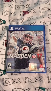 Madden NFL 17 PS4 game case Fox Lake, 60020