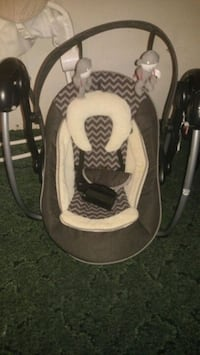 baby's white and gray swing chair Elizabeth City, 27909