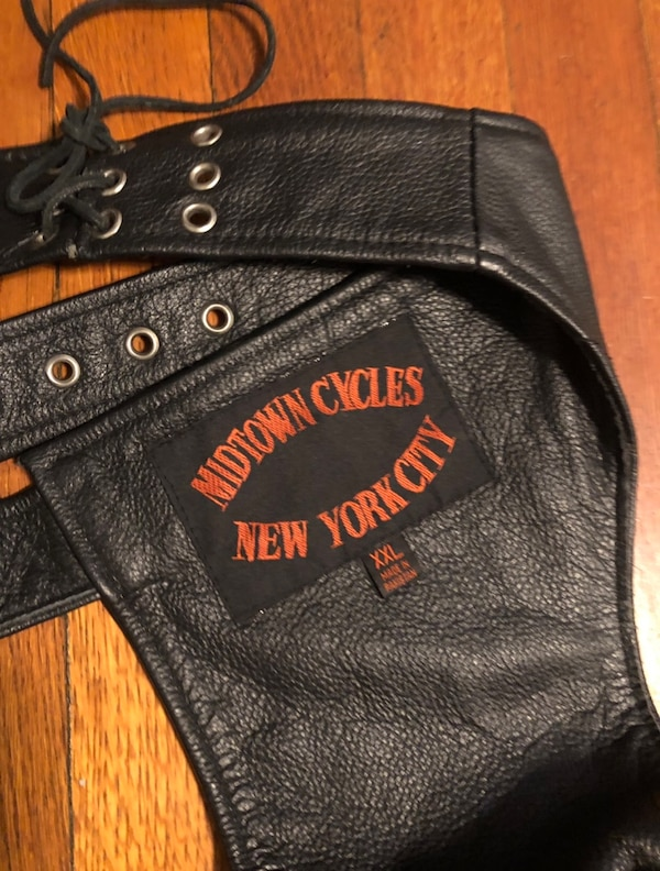Vintage motorcycle pants XXL real leather paid $260. Excellent condition! Midtown Cycles New York City c1ece2f5-4c37-429e-bad4-65c0d776fca8