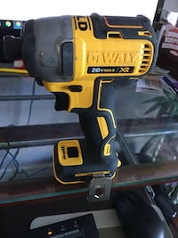 Dewalt 20V brushless impact driver  DCF 887 Bare tool  Good condition Toronto, M1W 1M7