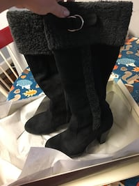 Black Boots under the knee  6 1/2 M.   Randolph, 02368