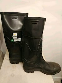 Safety rubber boots London, N6E 2G9