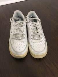 Air force 1's womens size 7 Toronto, M6A 1N6