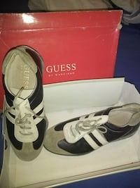 Casual Guess shoes Merrillville, 46410