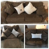 Pullout couch set Silver Spring