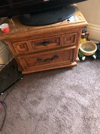 Small dresser Minneapolis, 55411