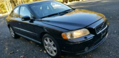 Volvo - S60 - 2009 Triple Black  Fully equipped