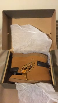 New Boots SIZE12 Pahrump, 89048