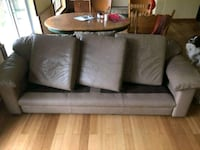 2 Leather Couches Chilliwack, V4Z 0A8