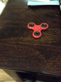 red hand spinner Moncton, E1G 2A6