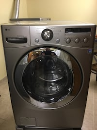 Washing machine  does not work but is good for spare parts Richmond Hill, L4C 8Y2