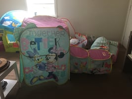 Minnie Mouse foldable tent and tunnel
