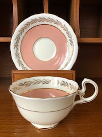 VGUC Vintage Aynsley Wide Mouth Pink and Gold Tea Cup and Saucer Ajax, L1T 4Z1
