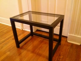 Glass coffee table for $ale
