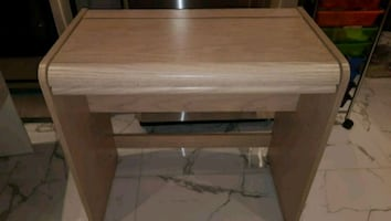 ** Small Desk / Vanity table with Mirror