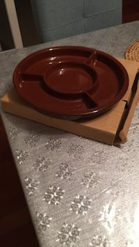 brown and black ceramic bowl Ottawa, K2E