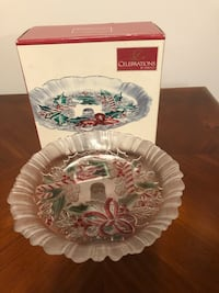 """Celebrations by Mikasa Festive Wreath Glass Candy Dish, 8.5"""" D.- New Baltimore, 21236"""