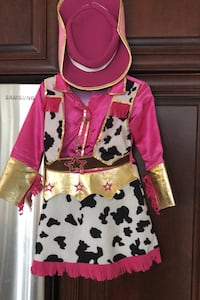 Girls cowgirl costume size 5 - 6