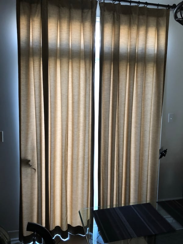 Curtains 547a10a0-e37f-4c66-be6a-2b466767bf30