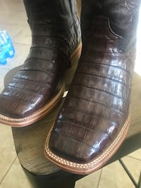 Caiman boots size 10 new  Hollister, 95023