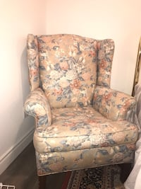 brown and blue floral sofa chair Markham, L3T 5T1