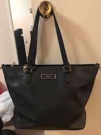 DKNY large saffiano leather bag Mississauga, L5M 5E2