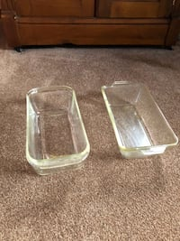 Two clear glass pyrex loaf pans 144 mi