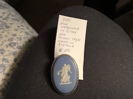 Sterling blue wedge wood cameo pin