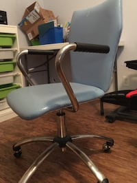 Metal arm office chair