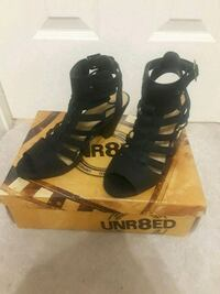 Black strappy heels Edinburg, 78539