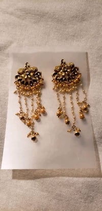 clearnce sale Earing $5 firm Mississauga, L4T 2Z2