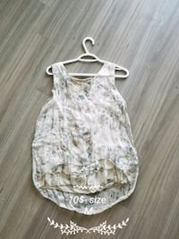 white and gray floral sleeveless top Stony Plain, T7Z 0L5