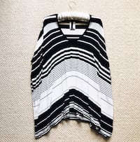 Gorgeous BCBG Maxazria Striped Tunic Top - Off-White/Black, Size XS/S Richmond Hill, L4E 3Z1