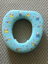 Potty training seat for toilet Toronto, M9A 4L9