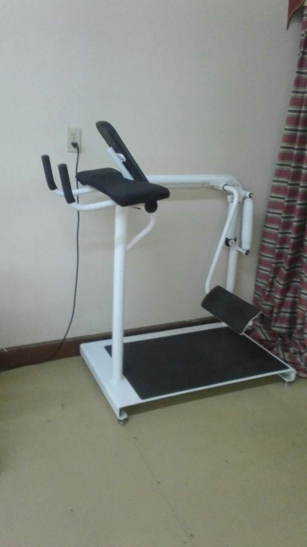 Hydraulic resistance Glute machine with spare part