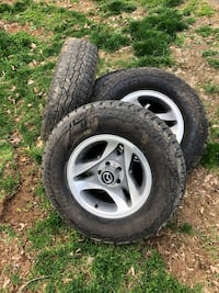 Truck tires and wheels Myersville, 21773