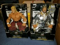 Wwe Ring Giant figures $60 EACH (FIRM PRICE) Toronto, M1L 2T3