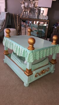 Handmade Royal Dog Bed by Lane furnitures  Odenton, 21113