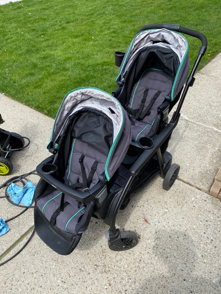 Photo Two Seater Stroller with Sit/Stand