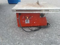 red table saw Cambridge, N1R 5S7
