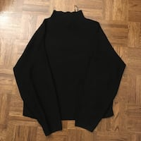 Black Hm turtle neck sweater Toronto, M4S 1G4