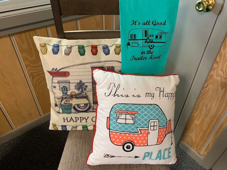 Photo 2 Throw Pillows and 1 Dish Towel RV/Camper