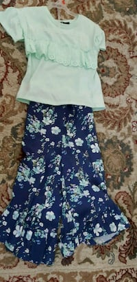Dress 8T ( pick up in Airdrie) Airdrie