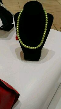 green and yellow beaded necklace Springfield, 22153